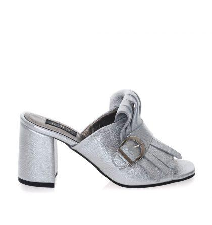 Papuci argintii piele toc patrat