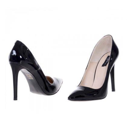 Pantofi negri stiletto piele lacuita