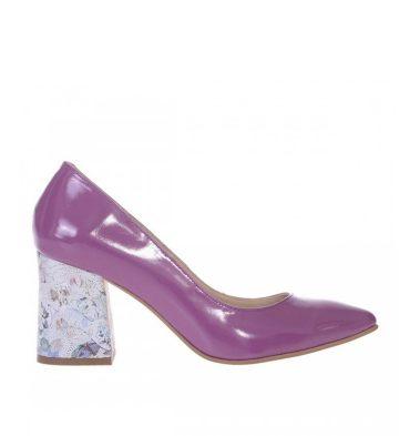 pantofi-toc-gros-evazat-piele-lacuita-mov-lila-si-piele-imprimeu-1