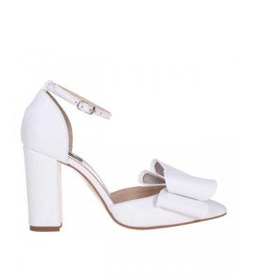 pantofi-mireasa-cu-funda-din-piele-alba-1