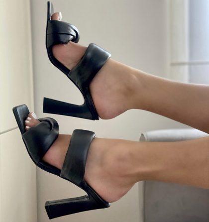 Sandale negre din piele naturala cu toc inalt