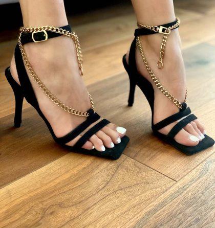 Sandale elegante negre din piele intoarsa cu lanturi